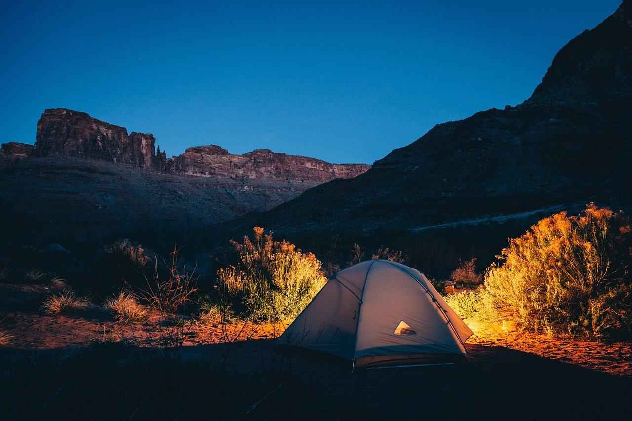 Quels sont les bienfaits du camping en nature?